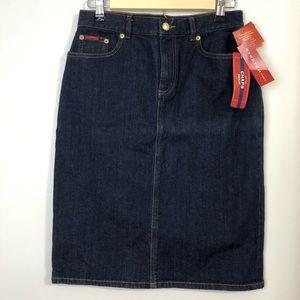 CHAPS Denim Women's Jeans Dark Rinse Skirt Sz 4